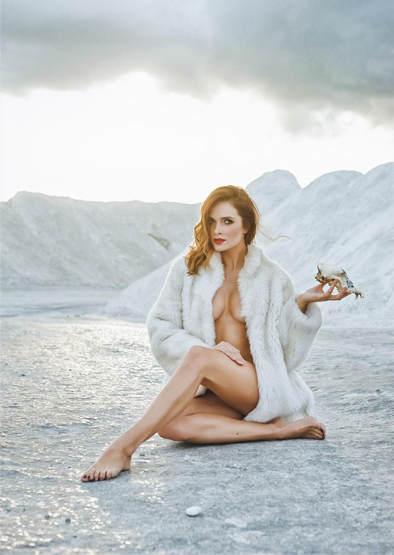 <p>Asta Valentaitė<br /> Fashion stylist, model, model scout<br /> VMG summer magazine<br /> Lithuania<br /> 2014</p>